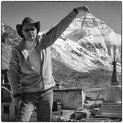 JH Pointing to Everest400
