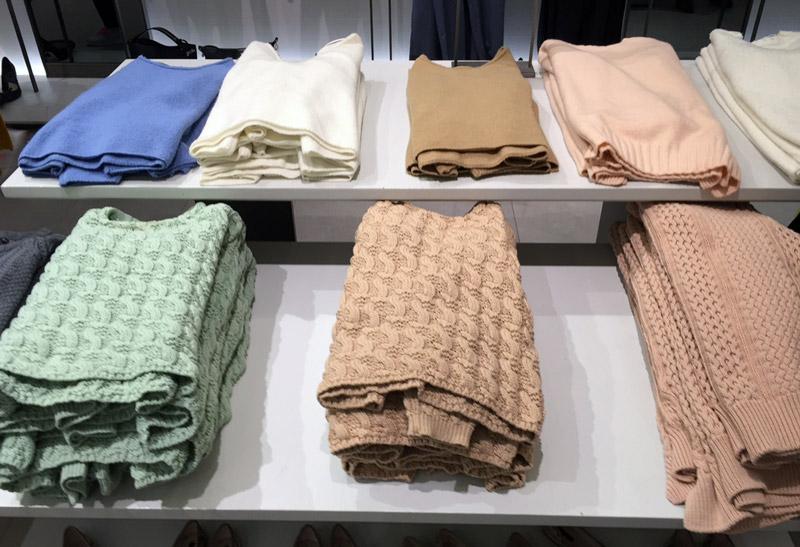 Zara-Sweater-Table