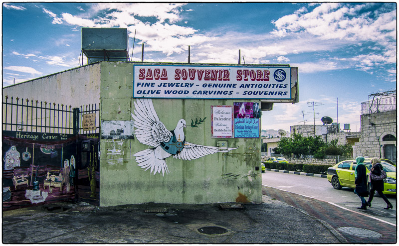 Bethlehem-Banksy Peace Dove