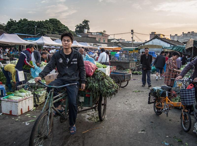 Qinxi Market Sunrise-1